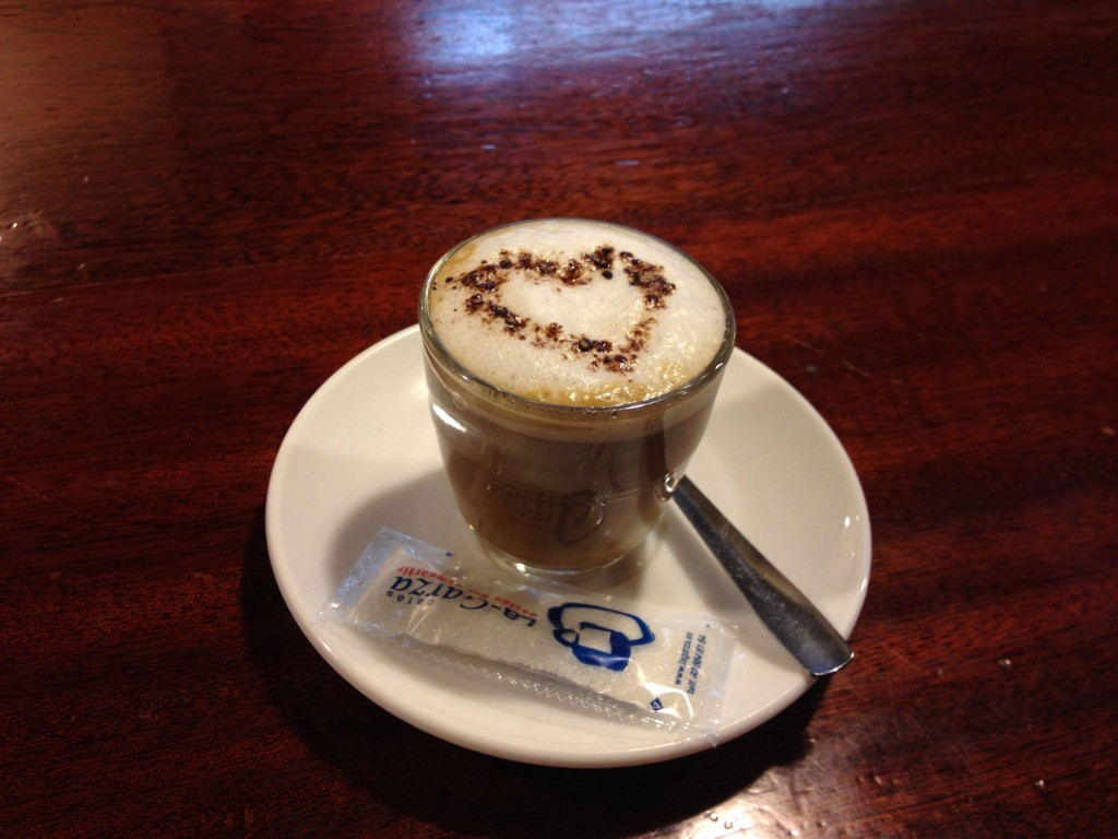 Photo of Café con mucho Amor – Bar Piranya Barcelona