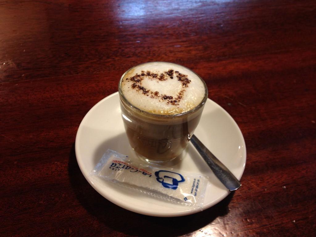 Photo of Café con mucho Amor – Bar Piranya Barcelona