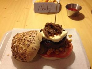 ovalbarcelona_hamburguesamonty2