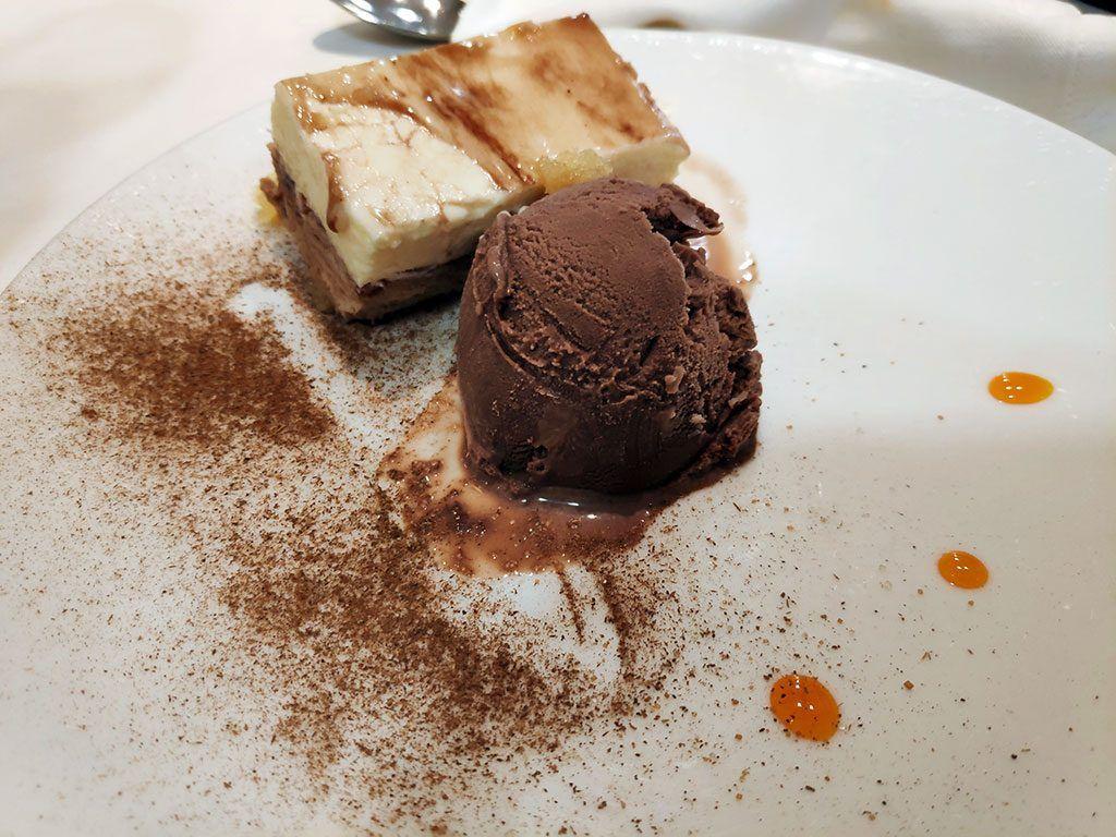 Dúo de Praliné y chocolate blanco - Menú del día - Hotel Santemar