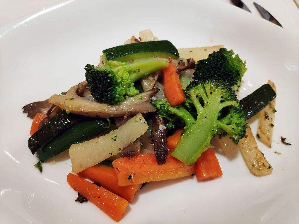 Salteado de verduras naturales - menú del Día - Hotel Santemar