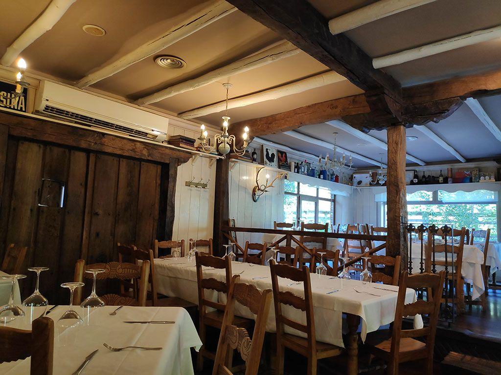 Salones Restaurante Las Piscinas de Villacarriedo